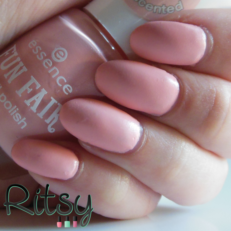 Essence sweethearts sweet tooth Swatch by Ritsy NL