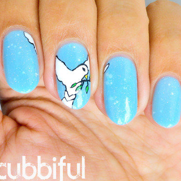 Peace Nails nail art by Cubbiful