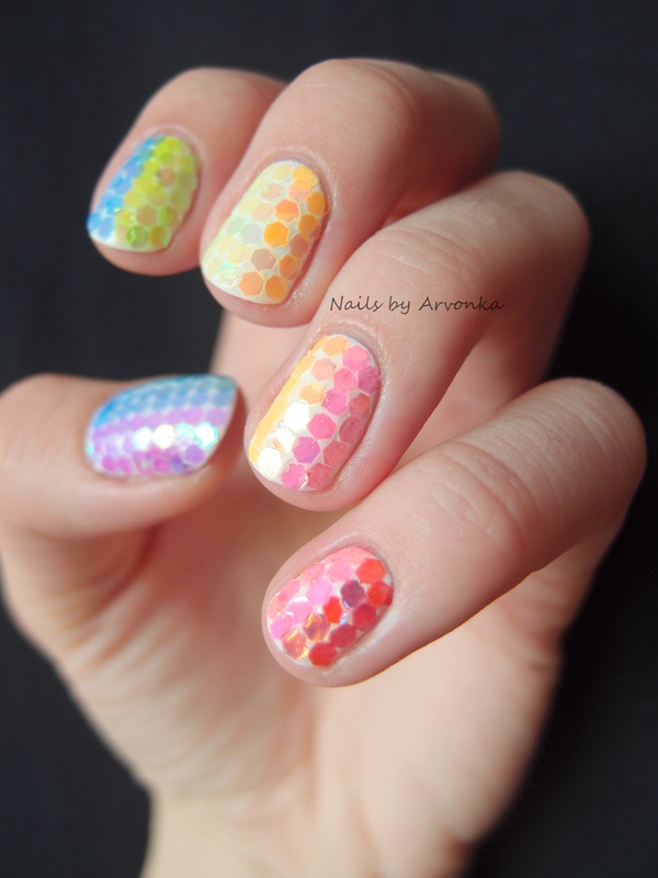 Glitter Rainbow nail art by Veronika Sovcikova