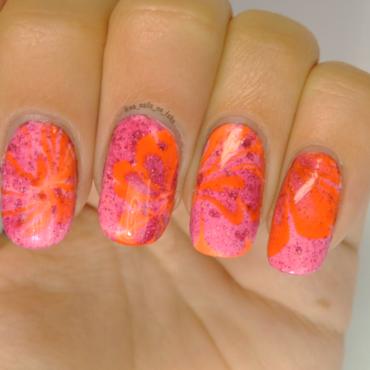 Pink Water Marble nail art by No Nails No Fshn