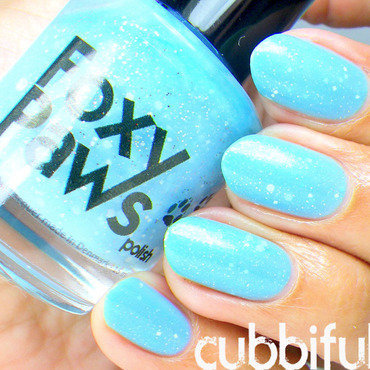 Foxy Paws Let It Go! Swatch by Cubbiful