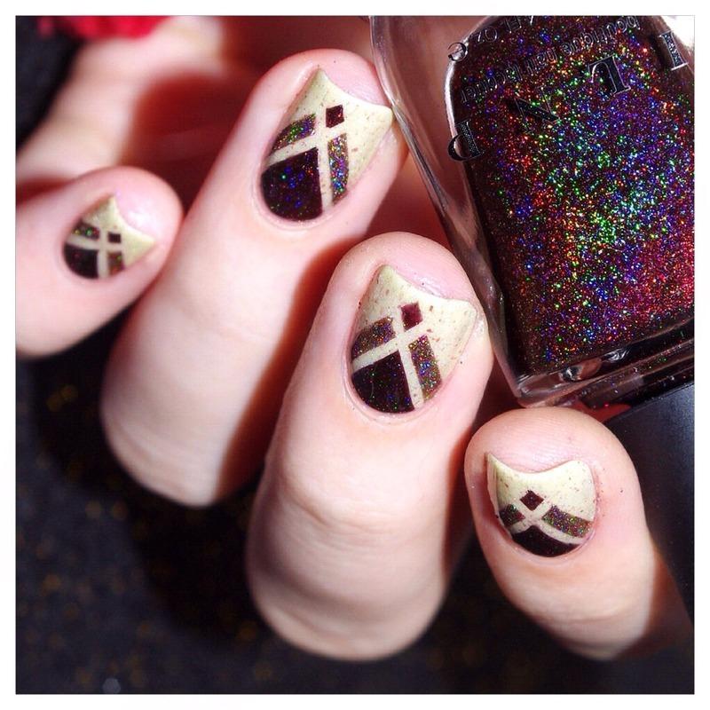 Fall in love ! nail art by Bulleuw