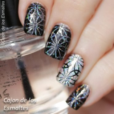 Kaleidoscope nails nail art by Cajon de los esmaltes