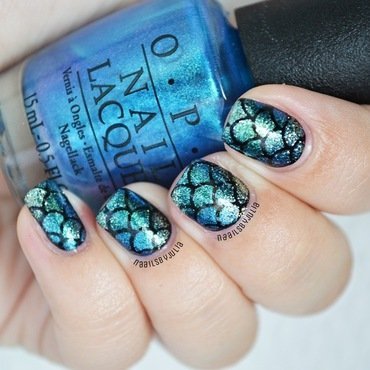 Mermaid scale nail art by Julia