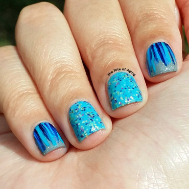 Blue Waterfall Nails nail art by Monica