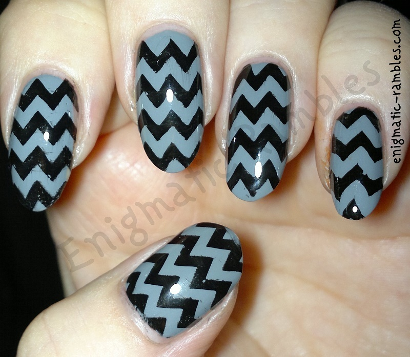 Grey Chevron nail art by Enigmatic Rambles