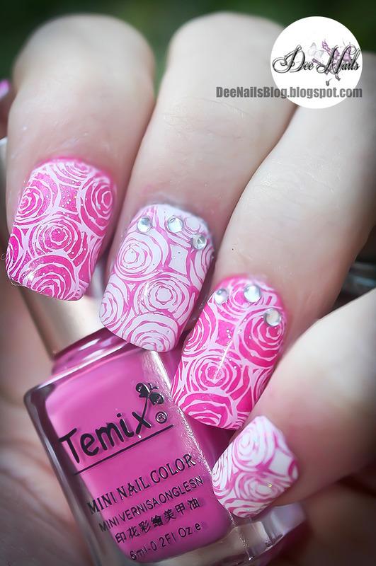 Roses nail art by Diana Livesay