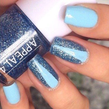 Blue 'n' sparkly nail art by Virginia