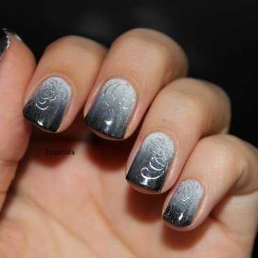 Black and White nail art by Tzup