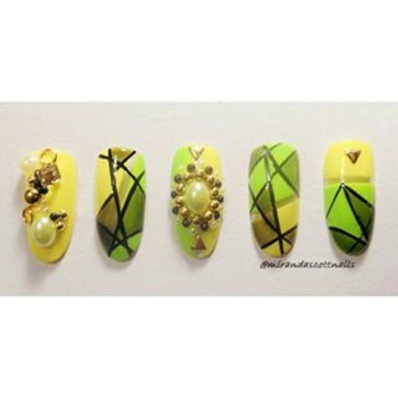Abstract nails nail art by Candace Miranda Prescott