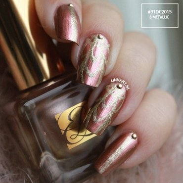 Metallic Rose  nail art by Lin van T