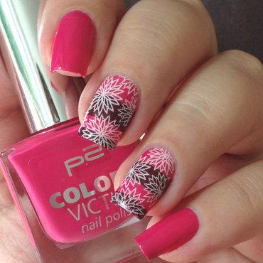 Autumn Flower Nails nail art by Natasha