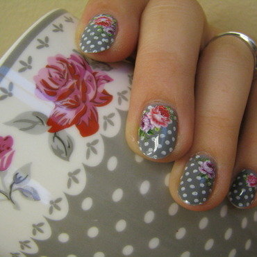 Mug alike nail art by Nail Crazinesss