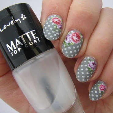 Mug alike - matt version nail art by Nail Crazinesss
