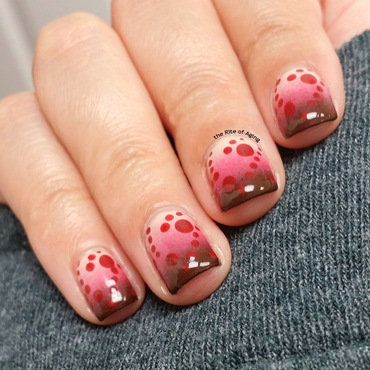 Polka Dot Gradient nail art by Monica