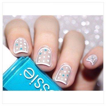 31DC2015 Polka Dots nail art by Bulleuw