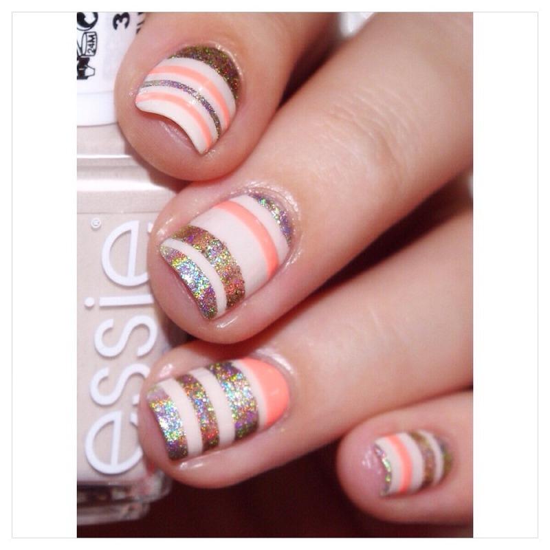 31DC2015 Stripes! nail art by Bulleuw