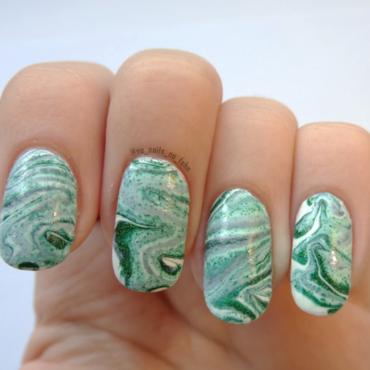 A Green Water Marbled Mess nail art by No Nails No Fshn
