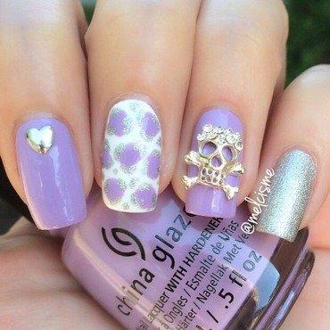 Skull nail art by Melissa