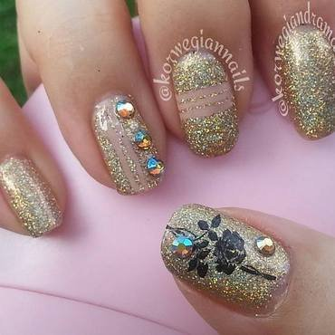 Never Enough Sparkle & Shine. nail art by Silje  Bannister
