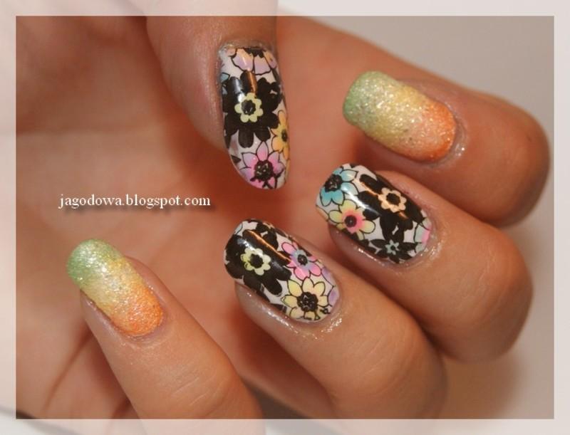 Kolorowe Kwiaty nail art by Jadwiga