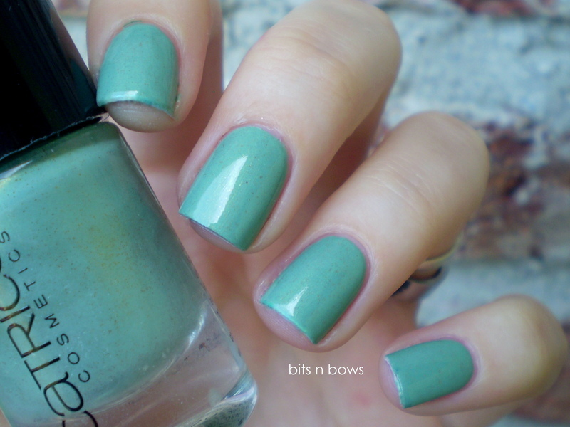 Catrice Mint me Up Swatch by Kristina