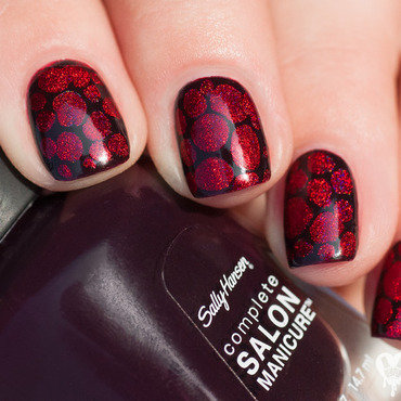 Holo red blobbicure nail art by Lacquered Obsession