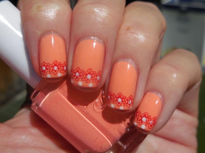 Orange nail art by Donner