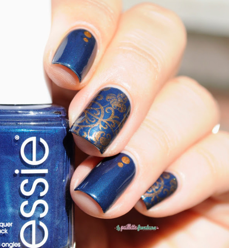 damask nail art by nathalie lapaillettefrondeuse