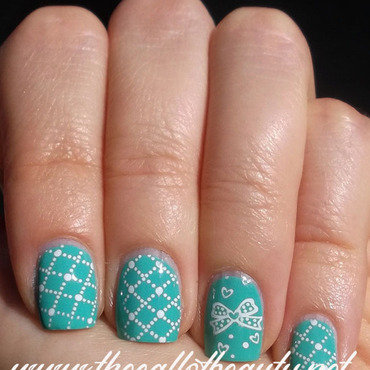 Tiffany Bow nail art by The Call of Beauty