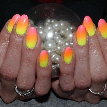 Summer neon ombre nail art by Agnieszka