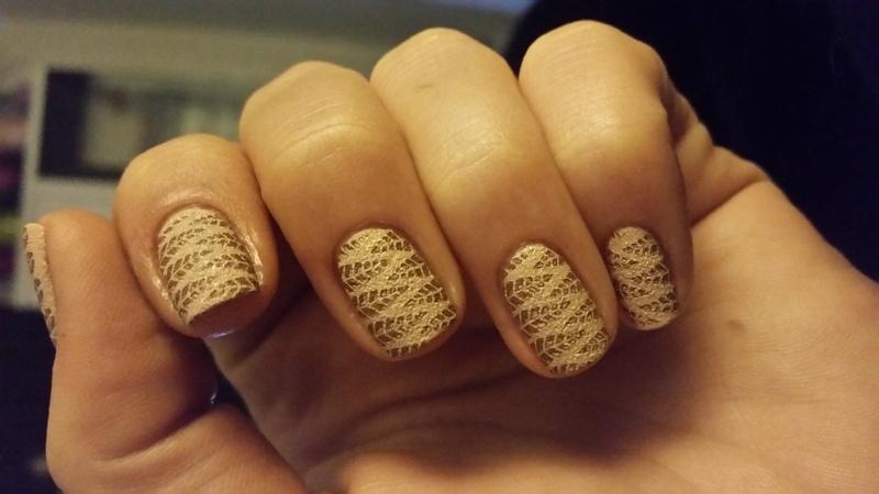 desert leafs  nail art by redteufelchen86