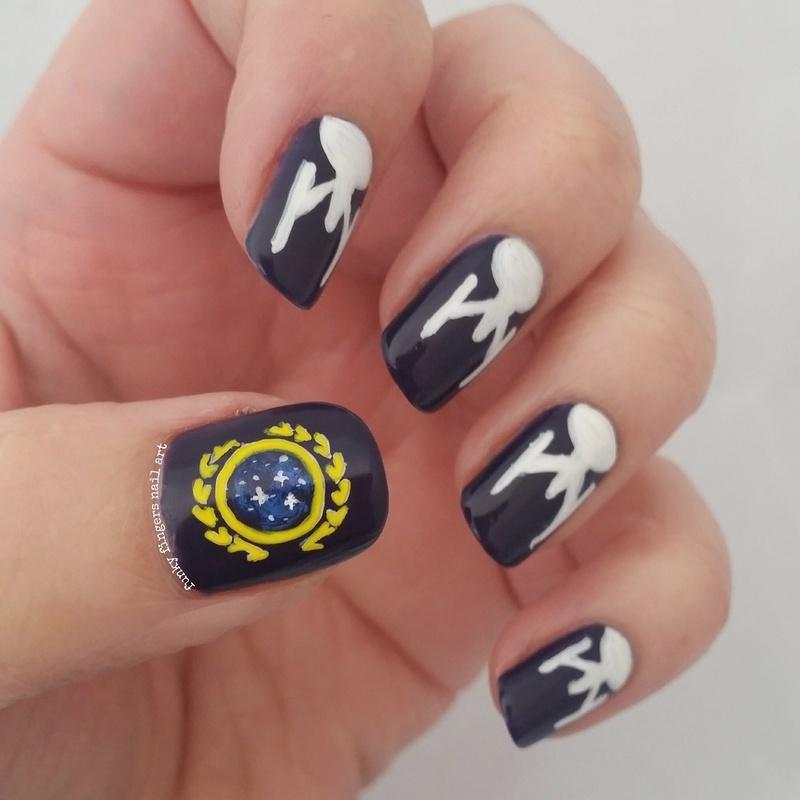 Star Trek Nails Nail Art By Funky Fingers Nail Art Nailpolis