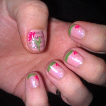 Reading and Flowers nail art by Cecilia Brown