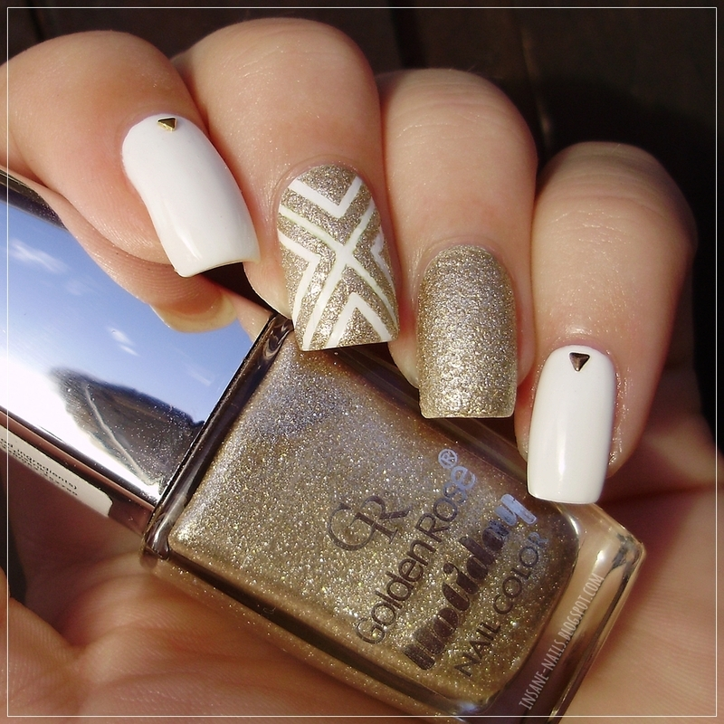 White & gold nails nail art by Sanela - Nailpolis: Museum of Nail Art