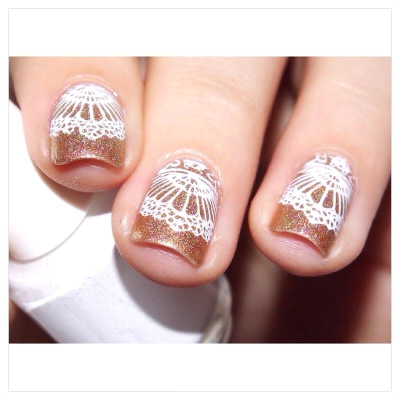 31DC2015 Delicate Print nail art by Bulleuw
