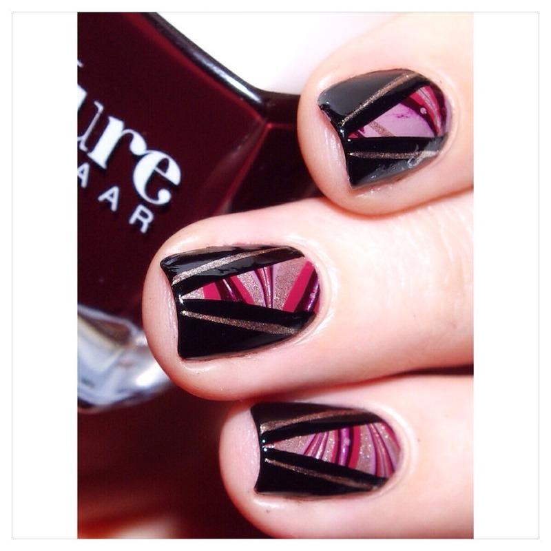 31DC2015 Watermarble  nail art by Bulleuw