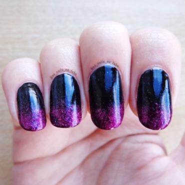 Black Gradient nail art by No Nails No Fshn