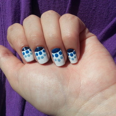 blue ombre dotticure nail art by Maya Harran