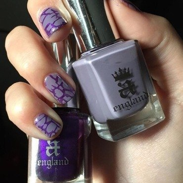 A England Purple Stamping  nail art by Amandineprc