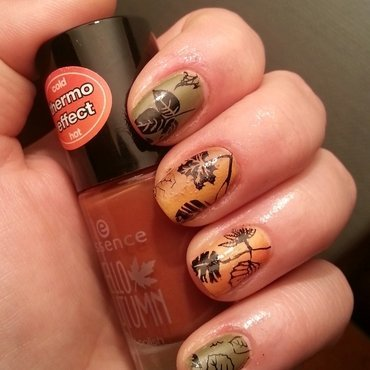 leafs are fall(in') nail art by redteufelchen86