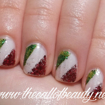 Italian Flag nail art by The Call of Beauty