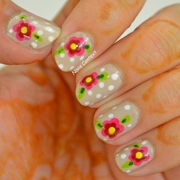 Flower Power nail art by NailsContext