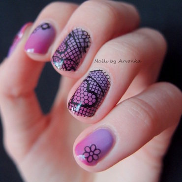 Laced Gradient nail art by Veronika Sovcikova