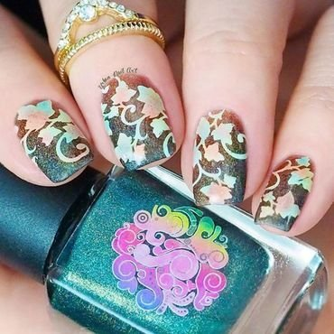 Autumn Inspired Design nail art by Lou