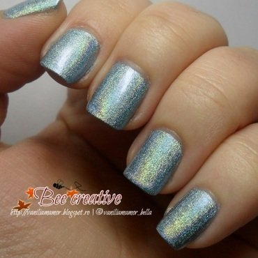 Moyra Holographic 254 Swatch by Isabella