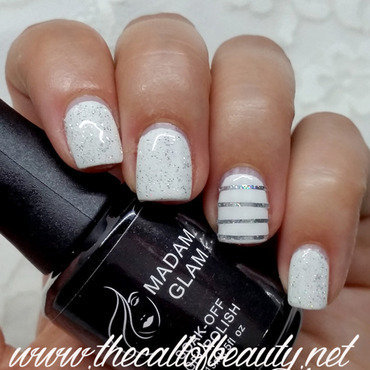 Diamond White nail art by The Call of Beauty
