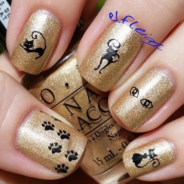 30DoCC 10-01-2015 Gold nail art by Jenette Maitland-Tomblin