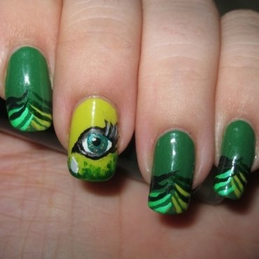 Seven Deadly Sins: Envy nail art by Lynni V.