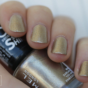 Rimmel London Darling, you are fabulous Swatch by NerdyFleurty